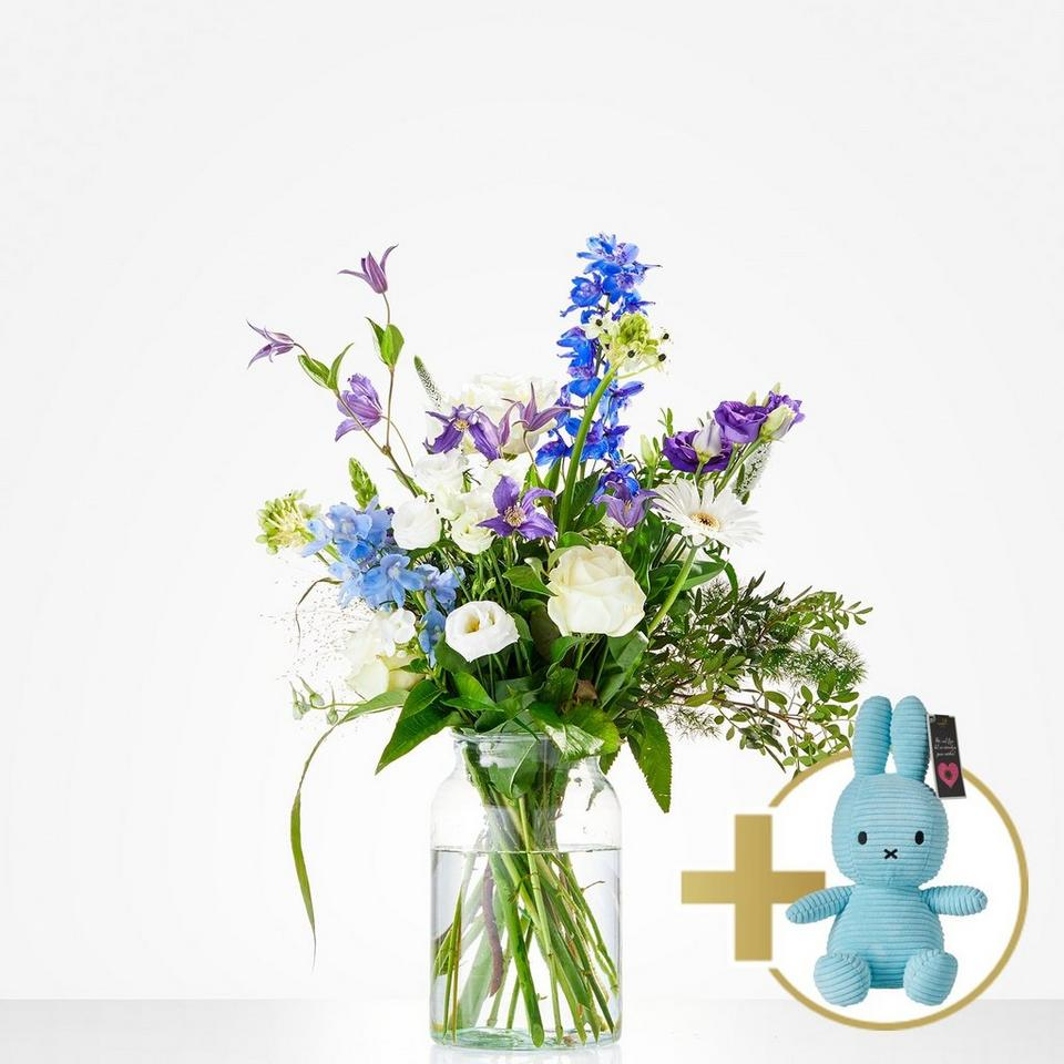 Image 1 of 1 of Combi Bouquet: Welcome little boy; including blue Niffy for € 20,-