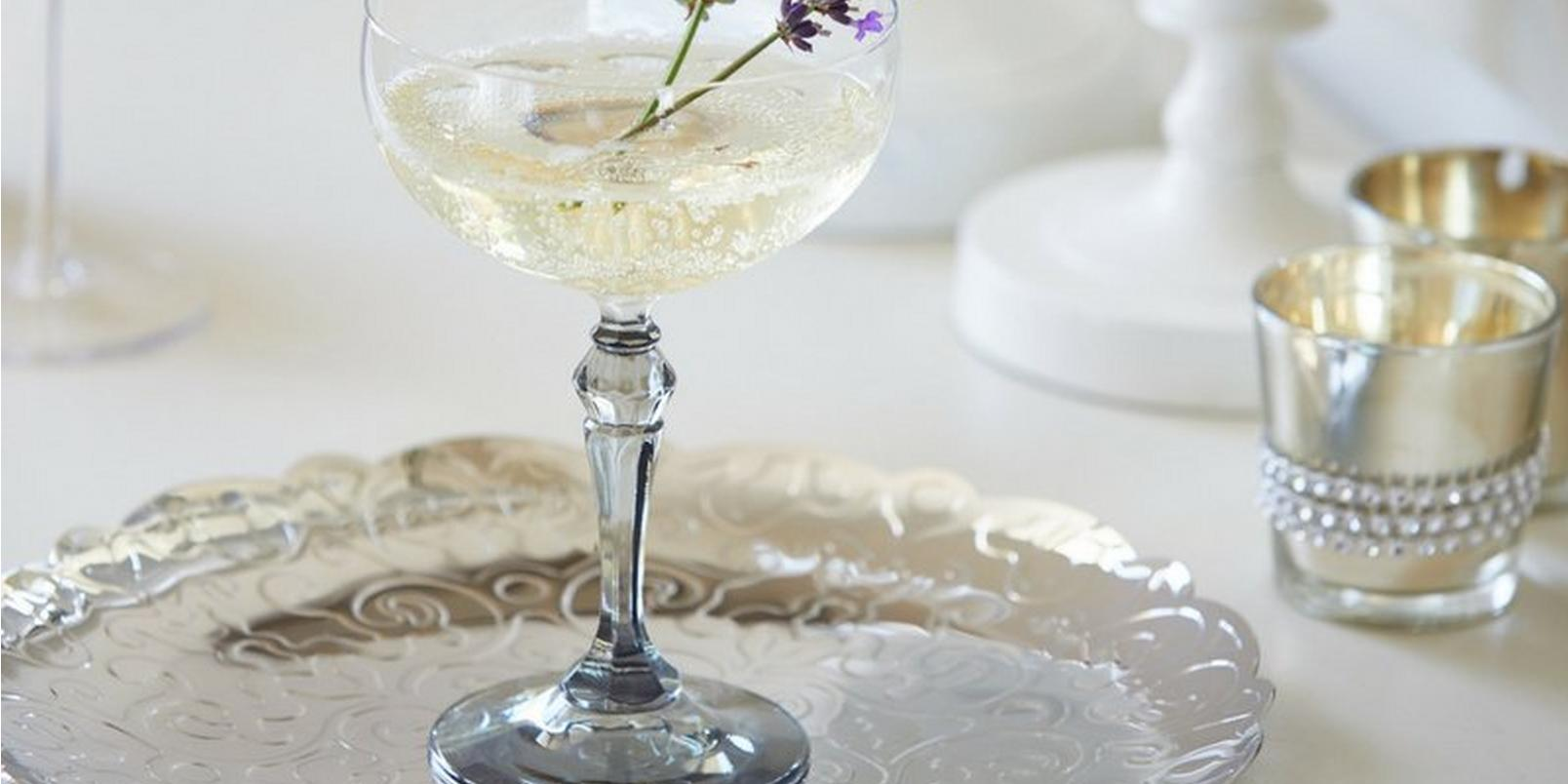 6-Floral-Cocktail-Recipes-Youll-Love-This-Summer4