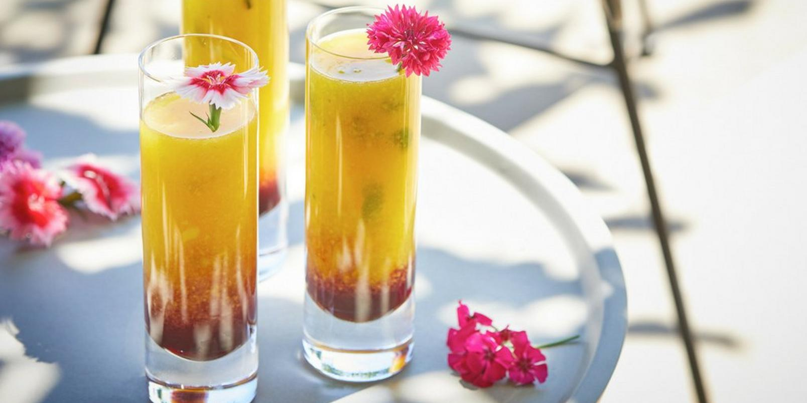 6-Floral-Cocktail-Recipes-Youll-Love-This-Summer7