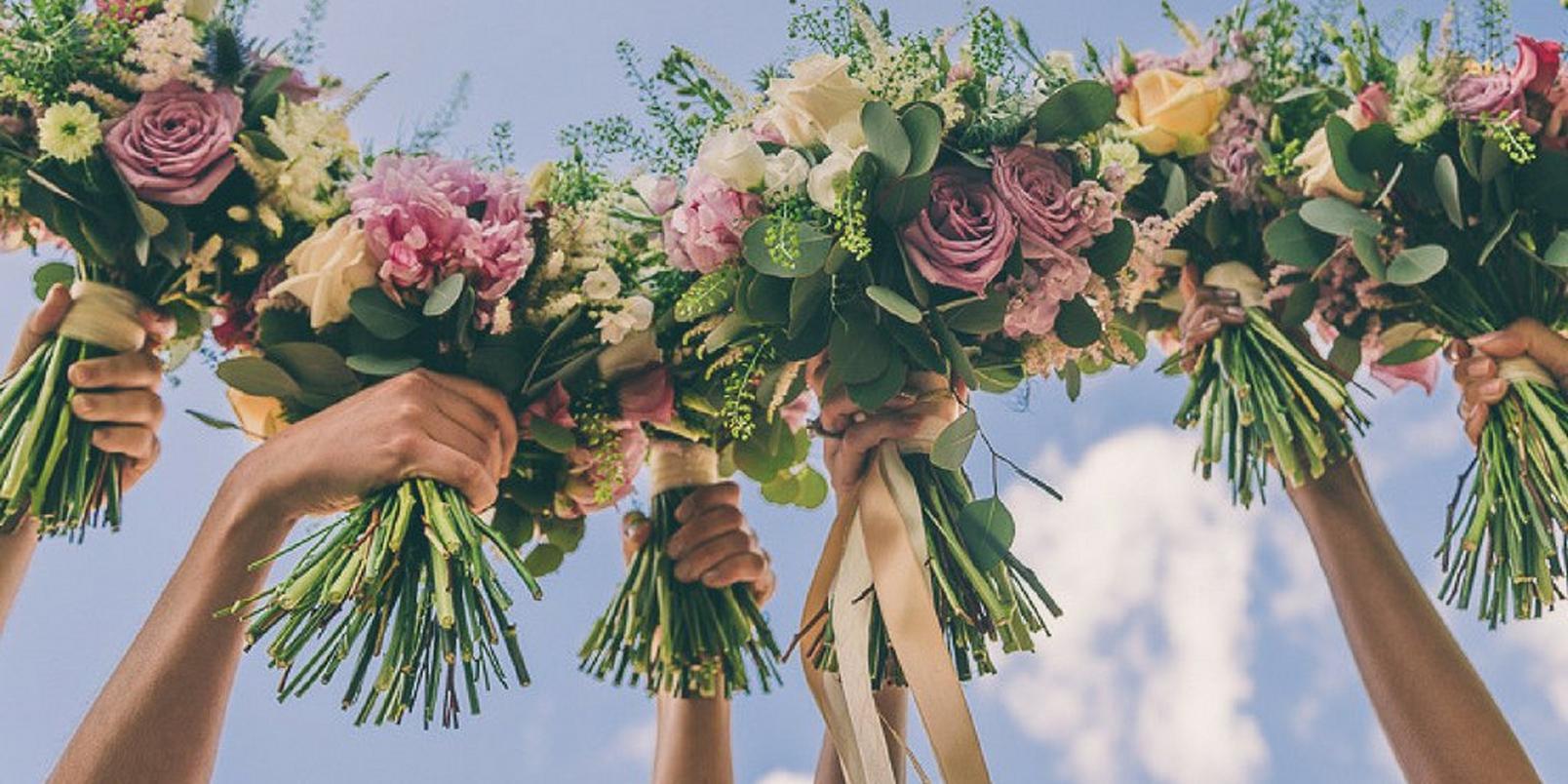 8-beautiful-bridesmaid-bouquets-1