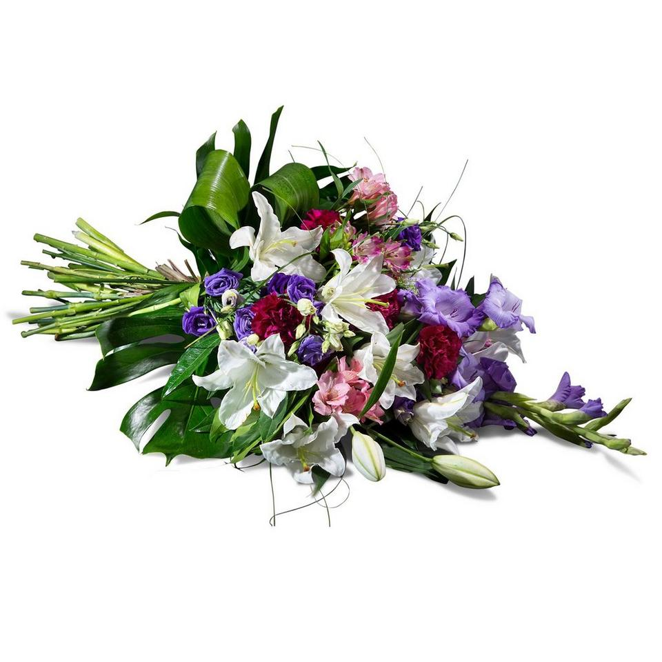 Image 1 of 1 of Horizontal bouquet in mauve shades