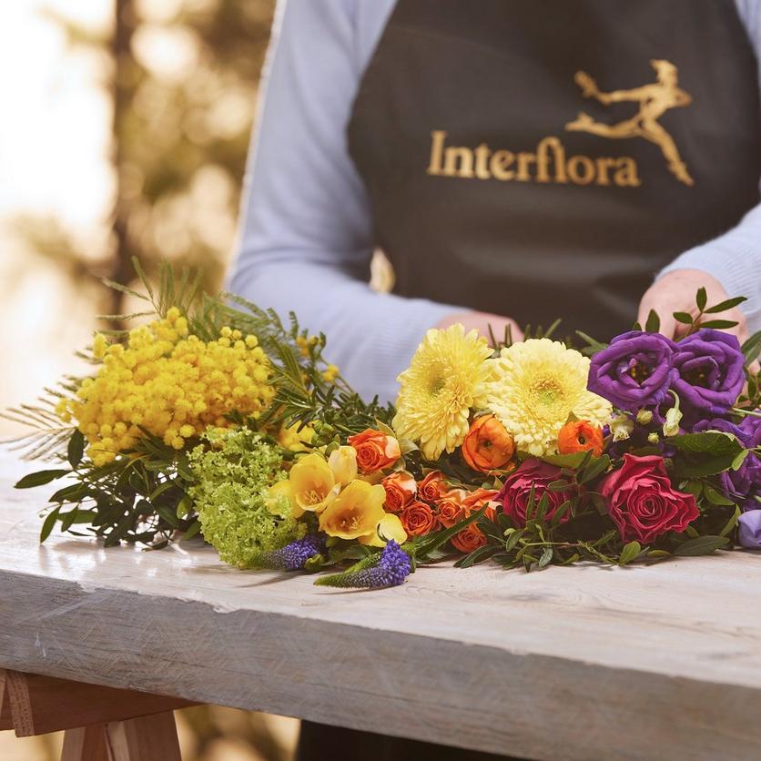 Interflora060121-2309
