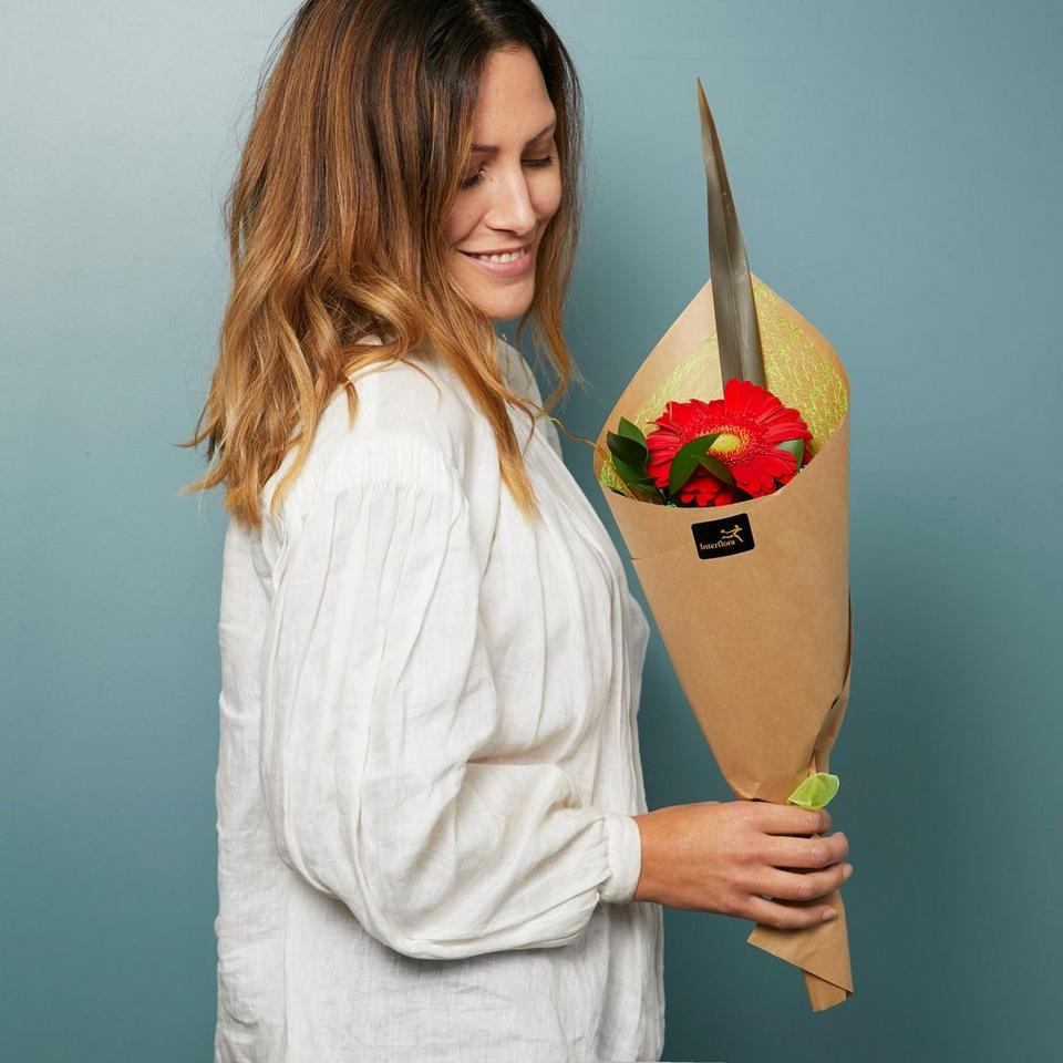Image 1 of 1 of Single flowers - wrapped