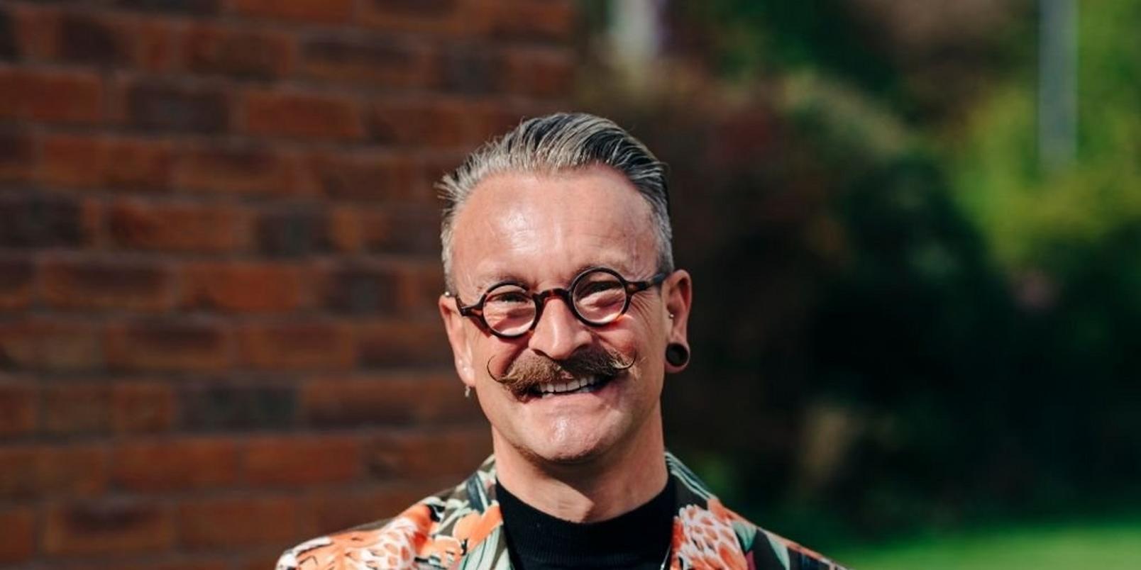 Simon-Lycett