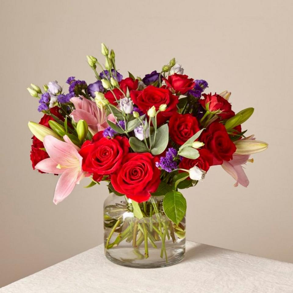 Image 1 of 1 of Truly Stunning Bouquet