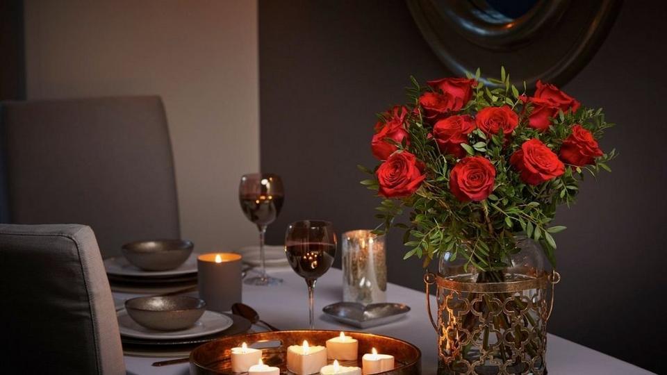 Valentines_day_roses_Interflora