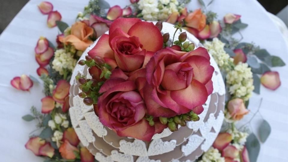 Wedding Cake with edible flowers