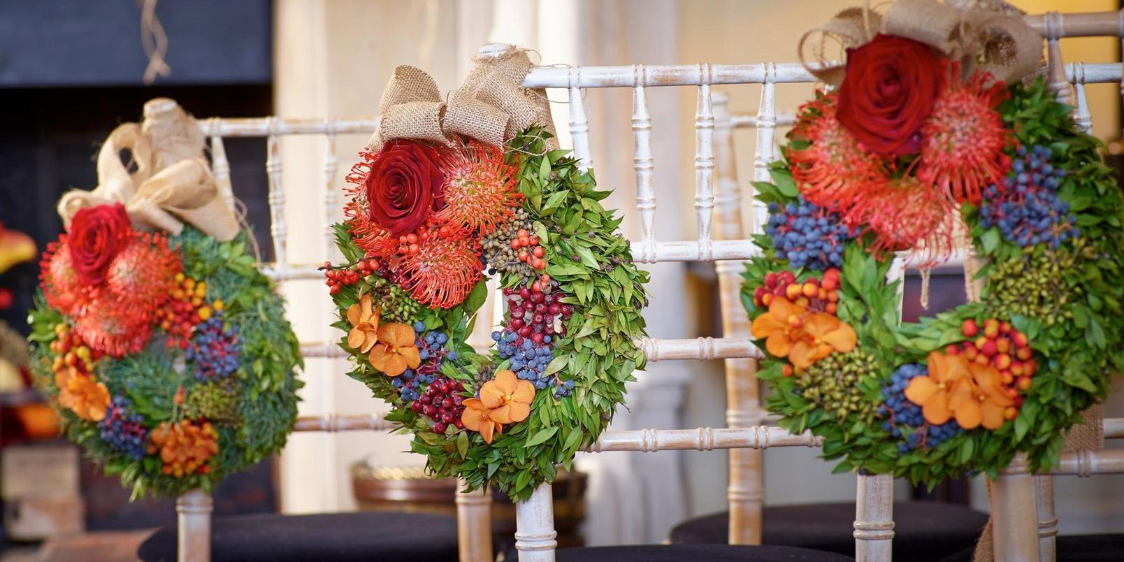 autumn-wedding-wreaths-cropped