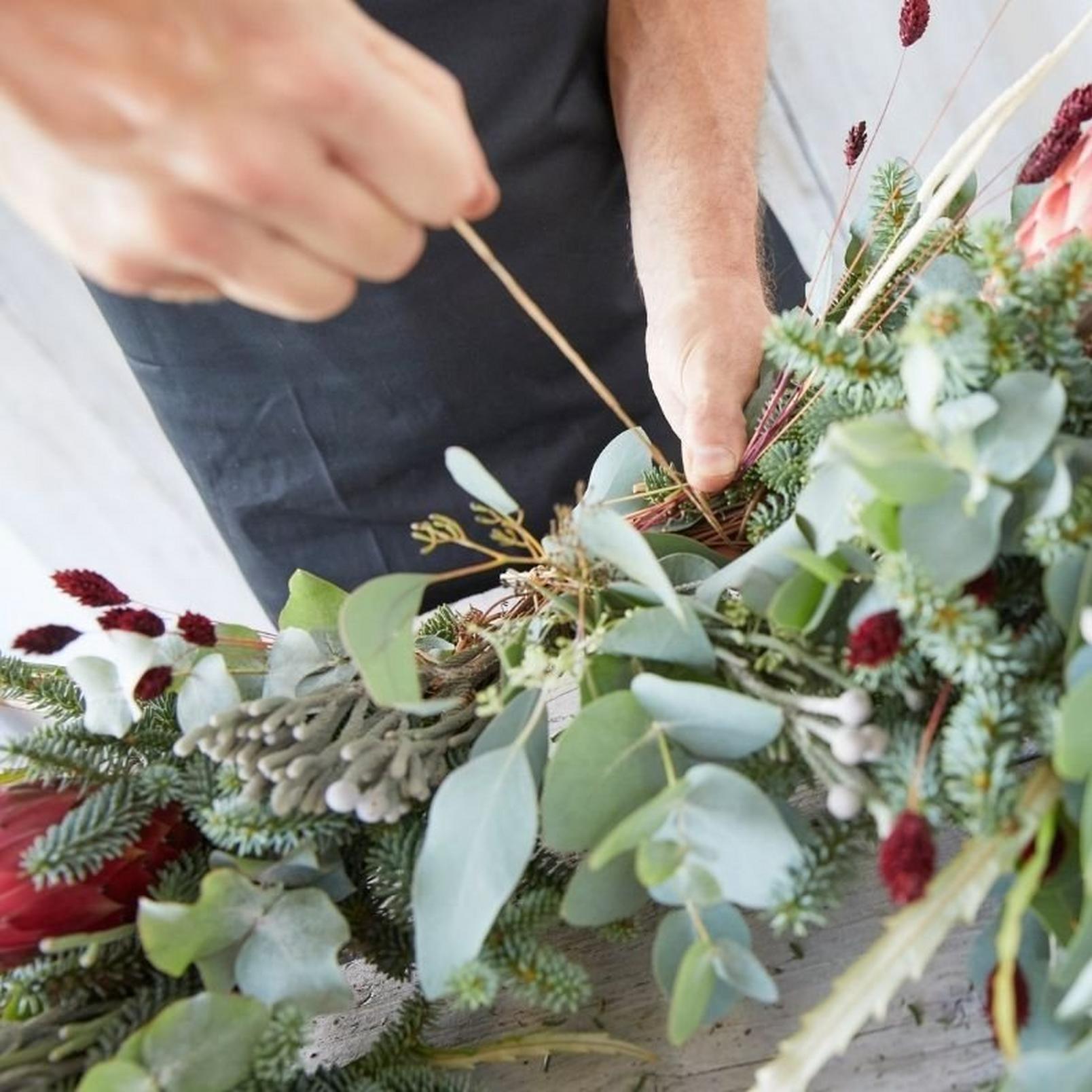 eco-friendly-wreath1-22
