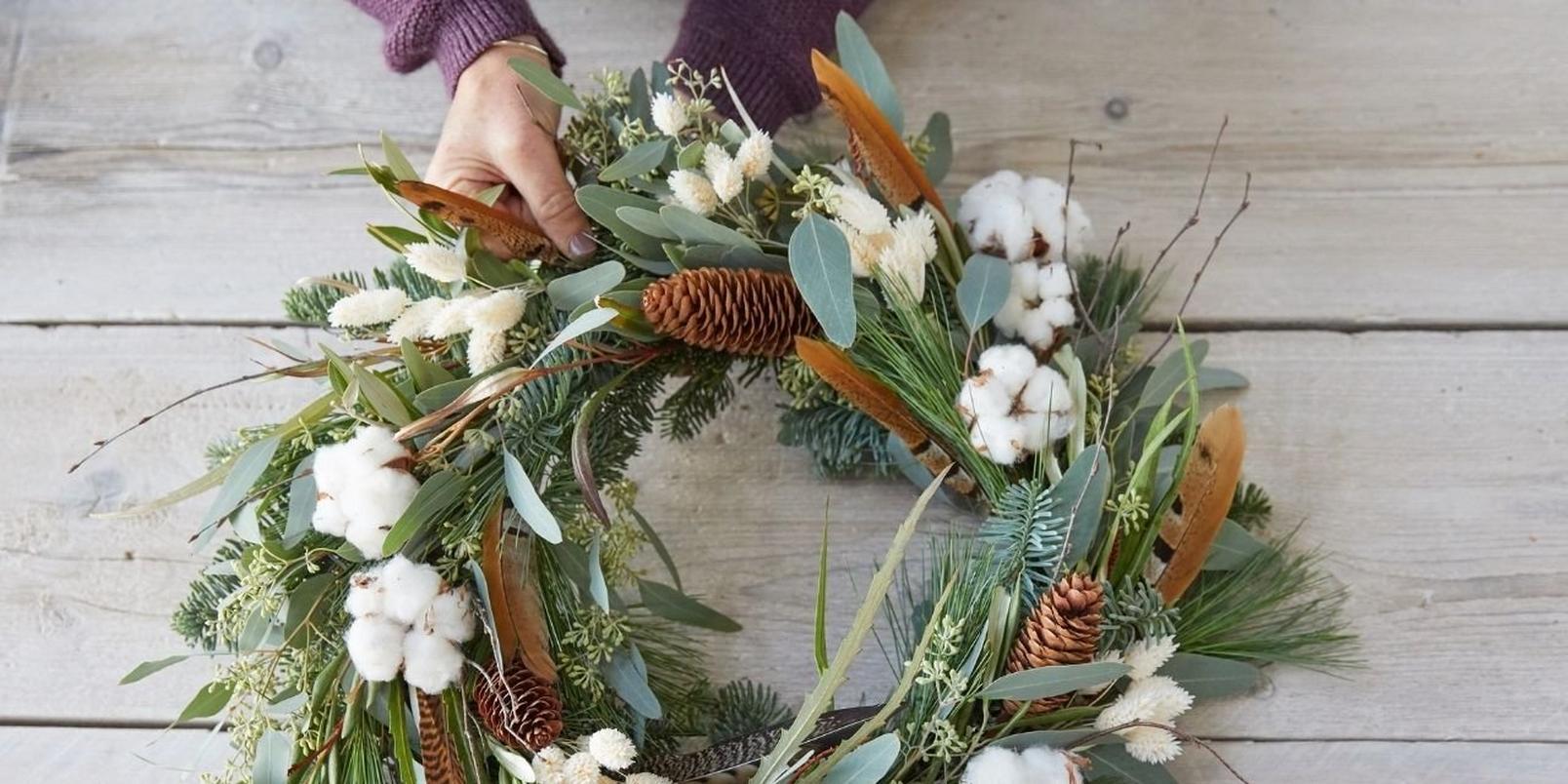 eco_friendly_wreath_b