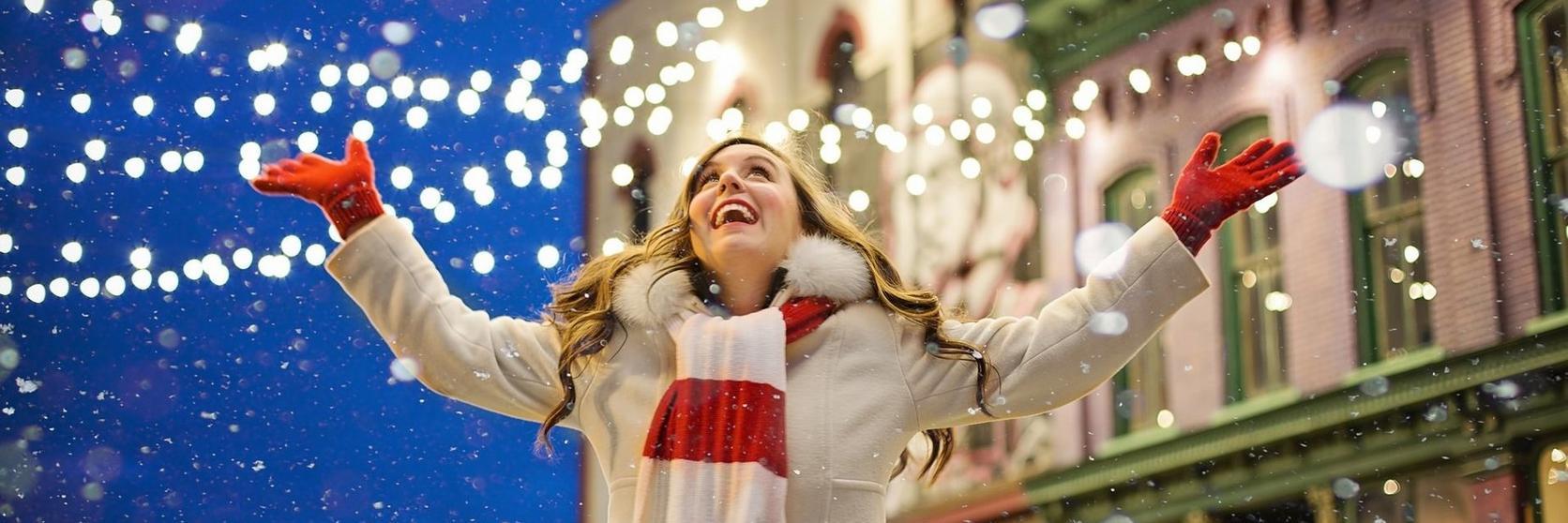 happy-christmas-woman
