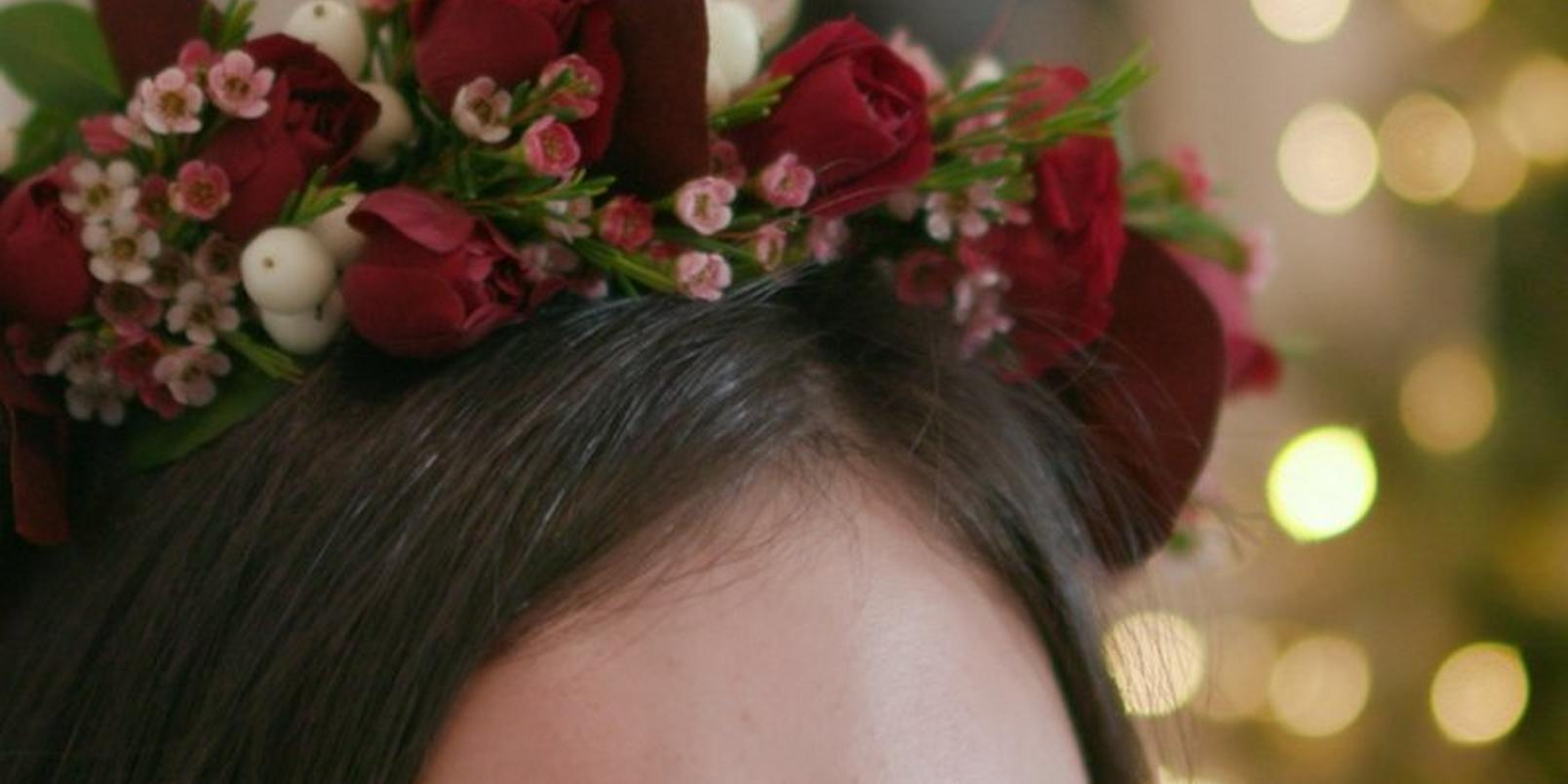 how-to-make-a-christmas-flower-crown-1