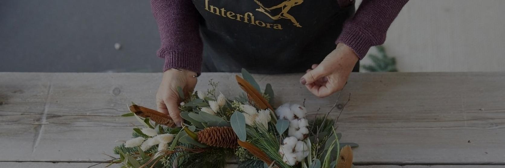 how_to_make_a_foilage_Christmas_wreath-10