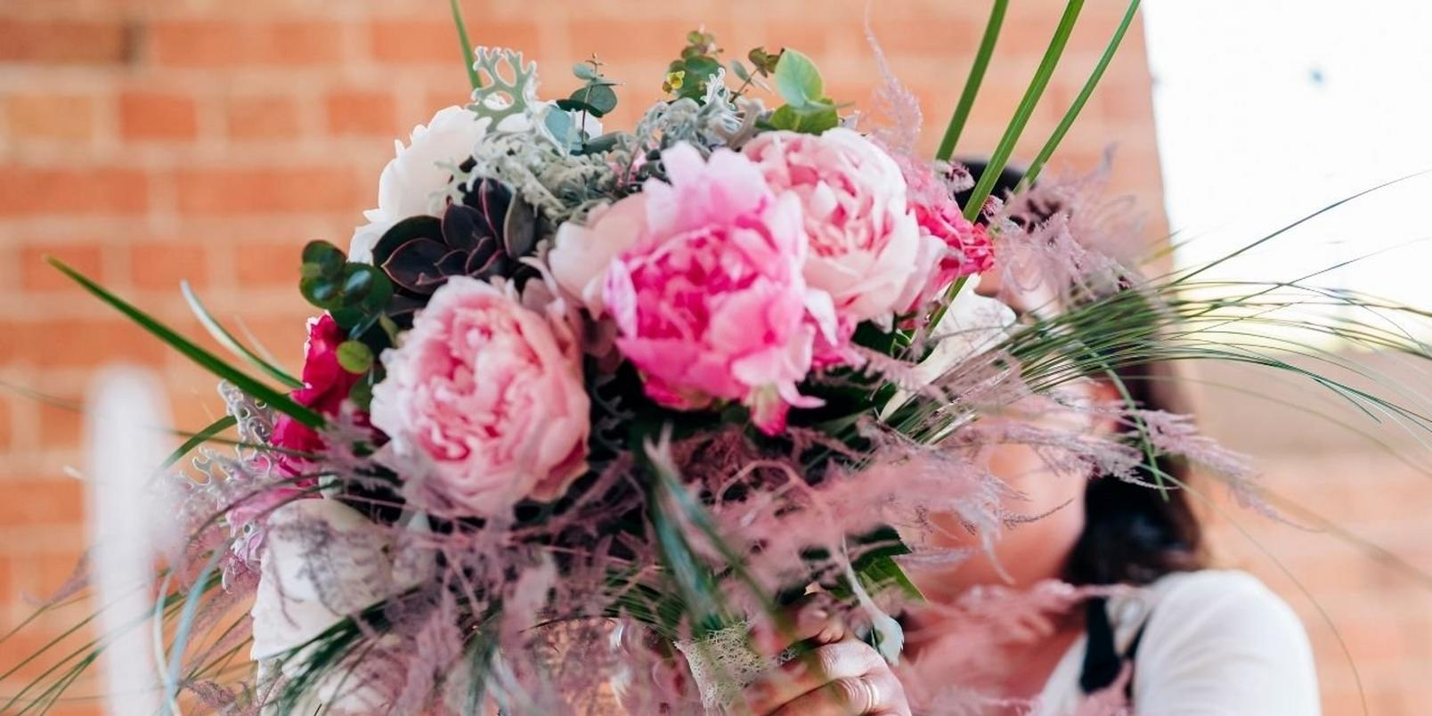 pretty_peony_bouquet