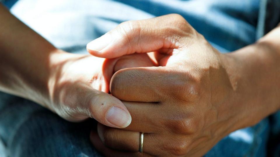 sympathy-hands