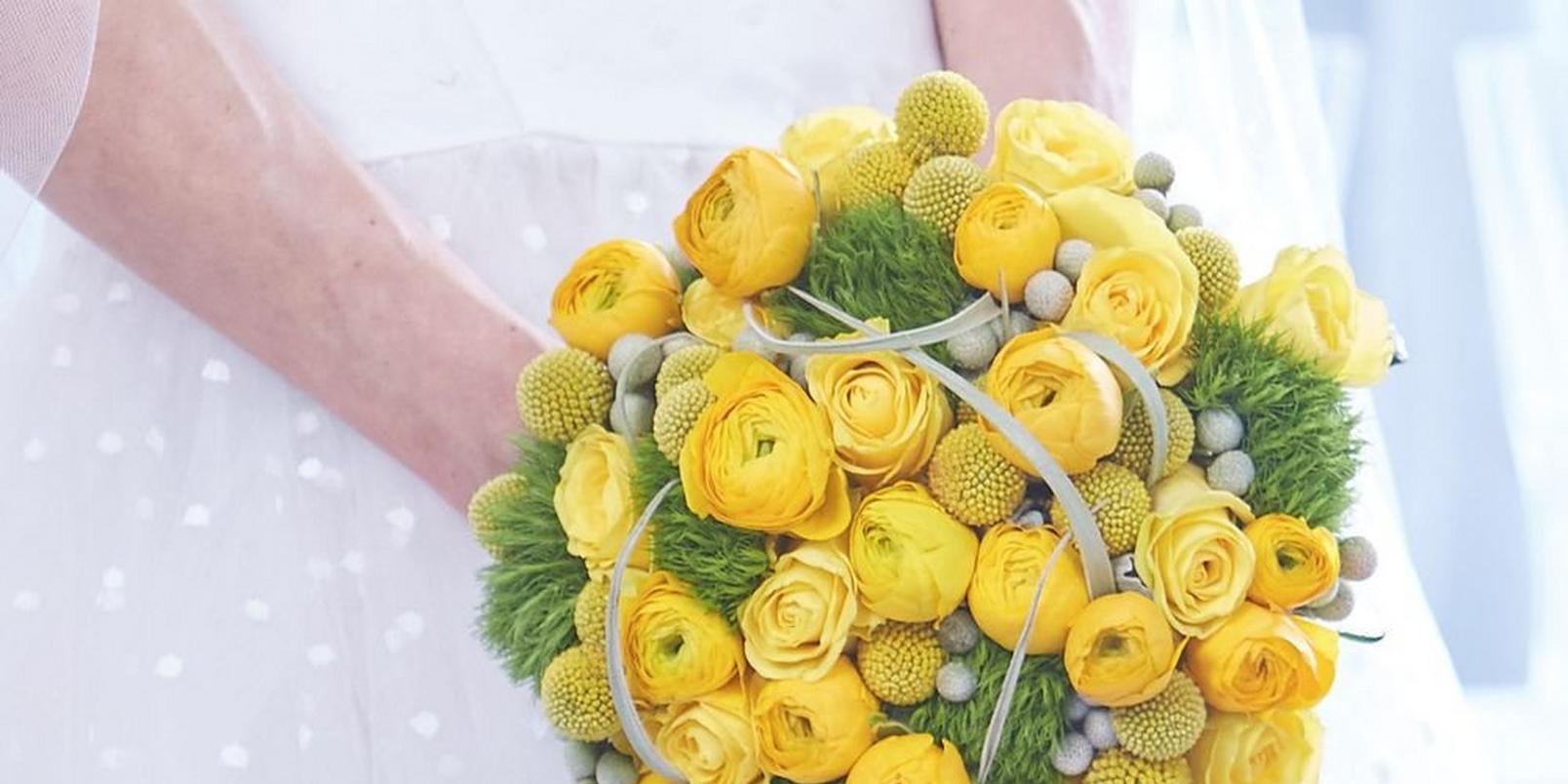 ywllow-wedding-bouquet